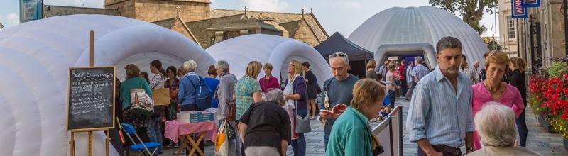 Festival littéraire de Guernesey : le mélange des genres à Saint-Pierre-Port