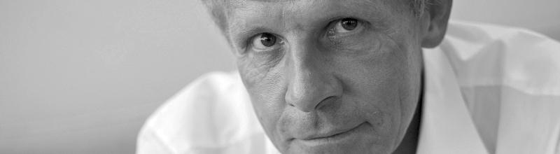 """Patrick Poivre d'Arvor : """" Il faut que nous soyons nombreux à reprendre le flambeau"""""""